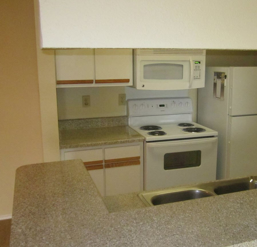 Kitchen at Listing #138271