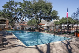 Pool at Listing #136904