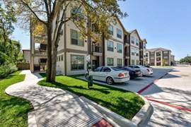 Hollister Oaks Apartments Houston TX