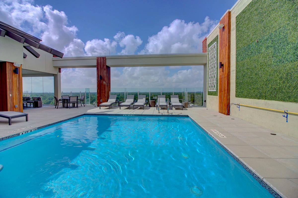 Pool at Listing #150534