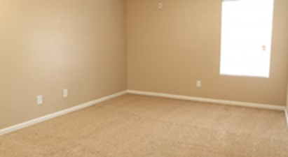 Bedroom at Listing #215212