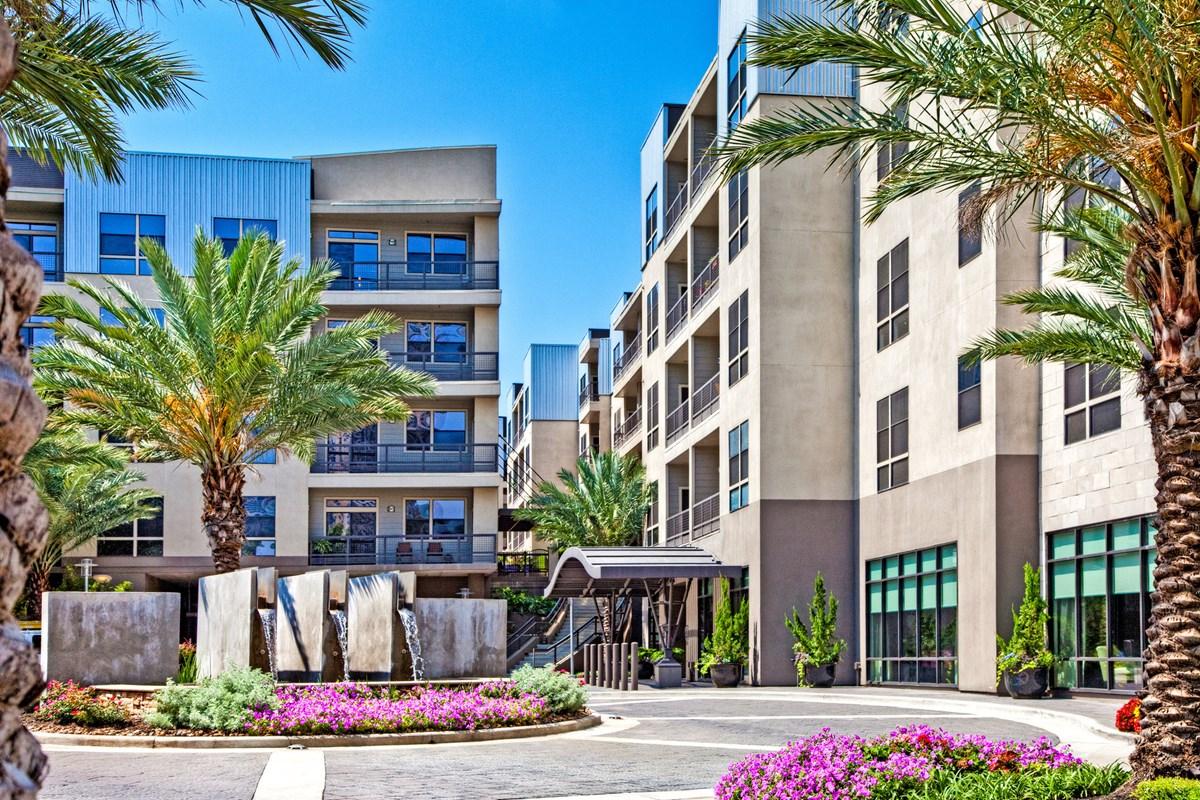 IMT Uptown Post Oak Apartments Houston TX