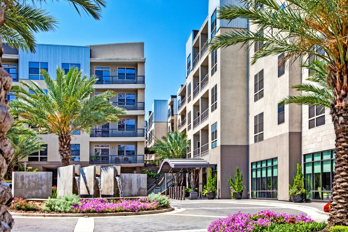 IMT Uptown Post Oak at Listing #145011