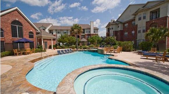 Pool at Listing #138283