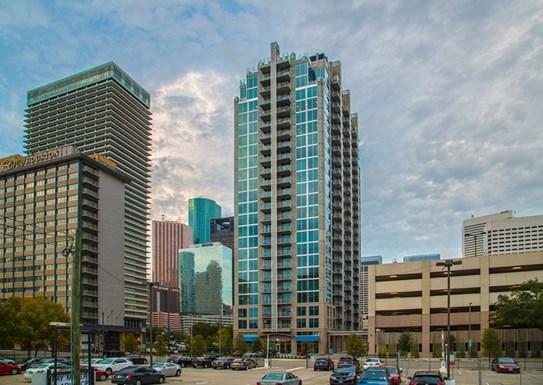 Skyhouse Houston Apartments