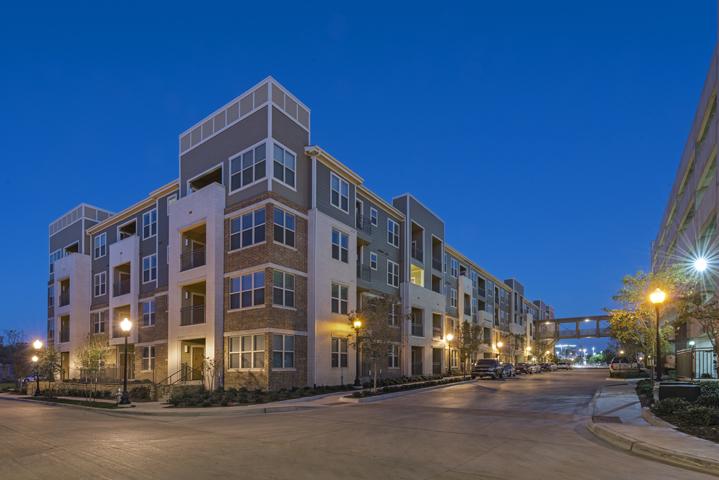 Elan West 7th Apartments Fort Worth TX