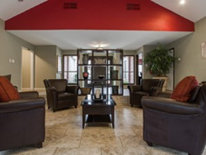 Lounge at Listing #135663