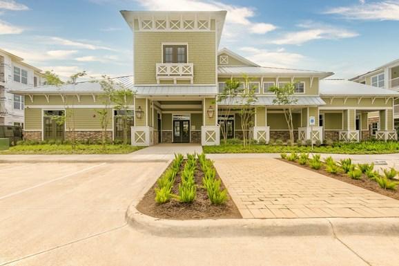 Riverhaus Creekside Apartments