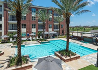 Pool at Listing #279813