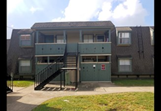 Exterior at Listing #139234