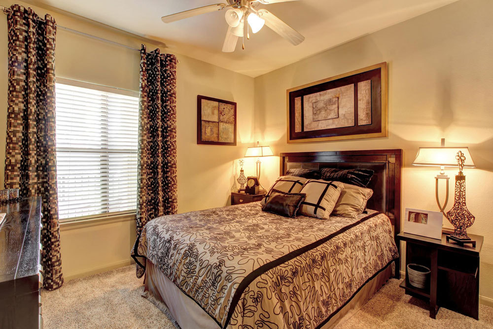 Bedroom at Listing #150445