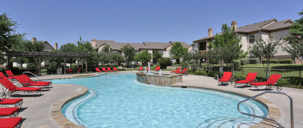 Pool at Listing #138129
