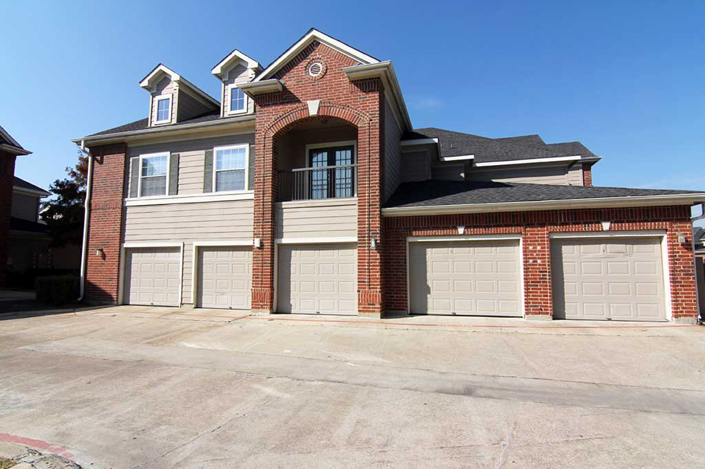 Exterior at Listing #147063