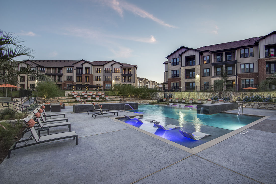 Aura Westover Hills Apartments San Antonio, TX