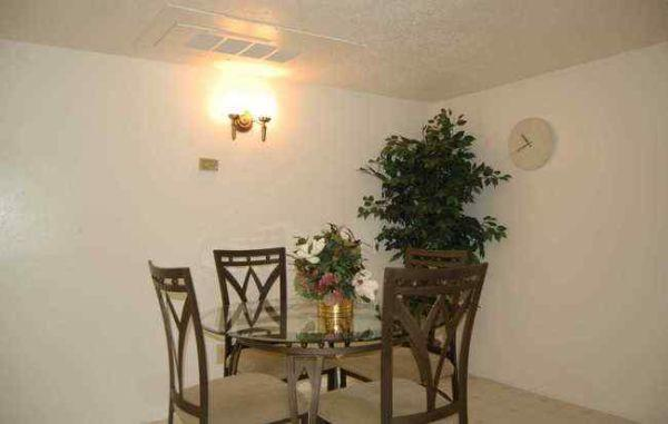 Dining at Listing #141106