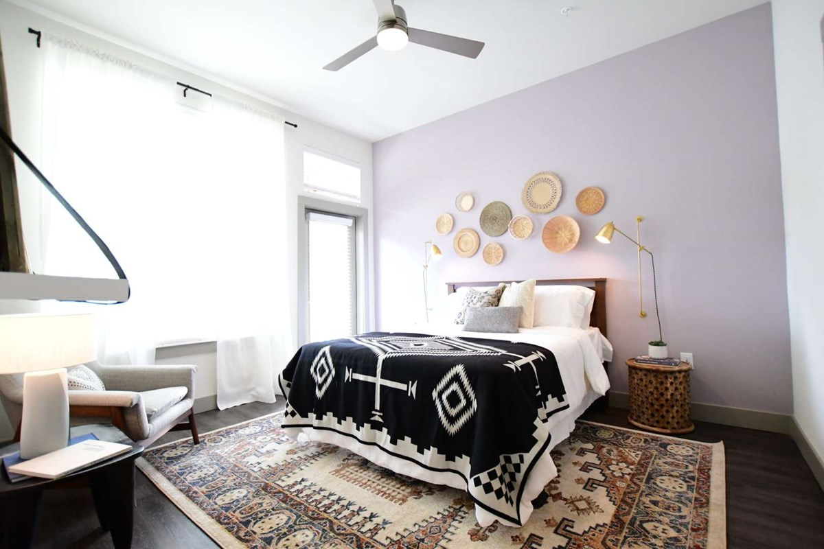 Bedroom at Listing #302218