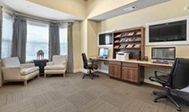 Business Center at Listing #151651