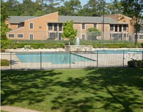 Mira Vista Apartments Houston 550 For 1 2 Bed Apts
