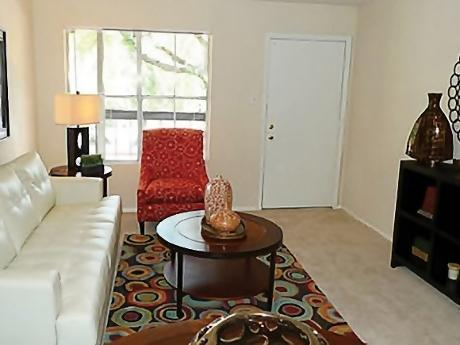 Living at Listing #139827
