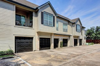 Exterior at Listing #138716
