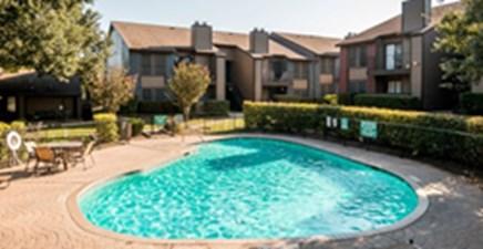 Pool at Listing #140499