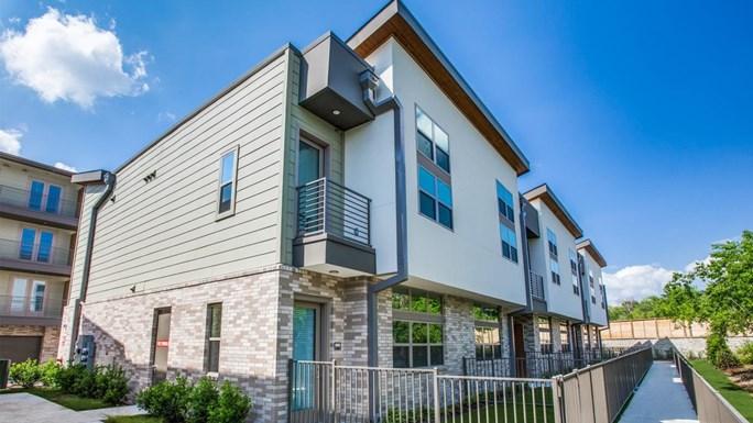 Aura Bluffview Apartments