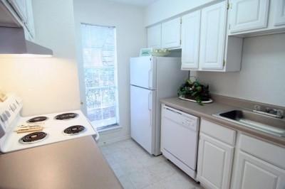 Kitchen at Listing #139056