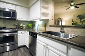 Kitchen at Listing #139716