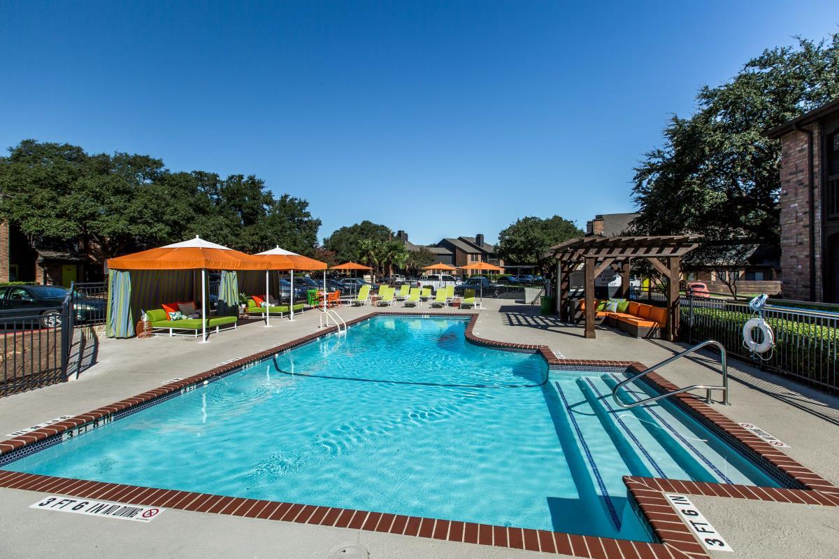 Pool at Listing #140303