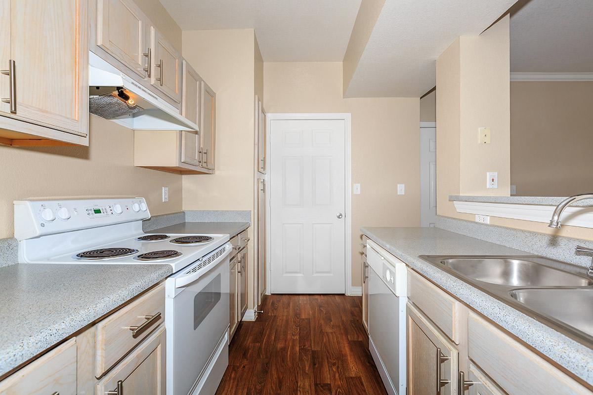 Kitchen at Listing #137697