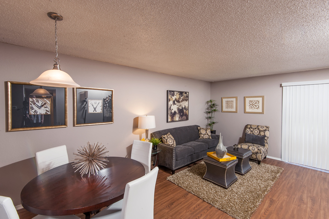 Living/Dining at Listing #137994
