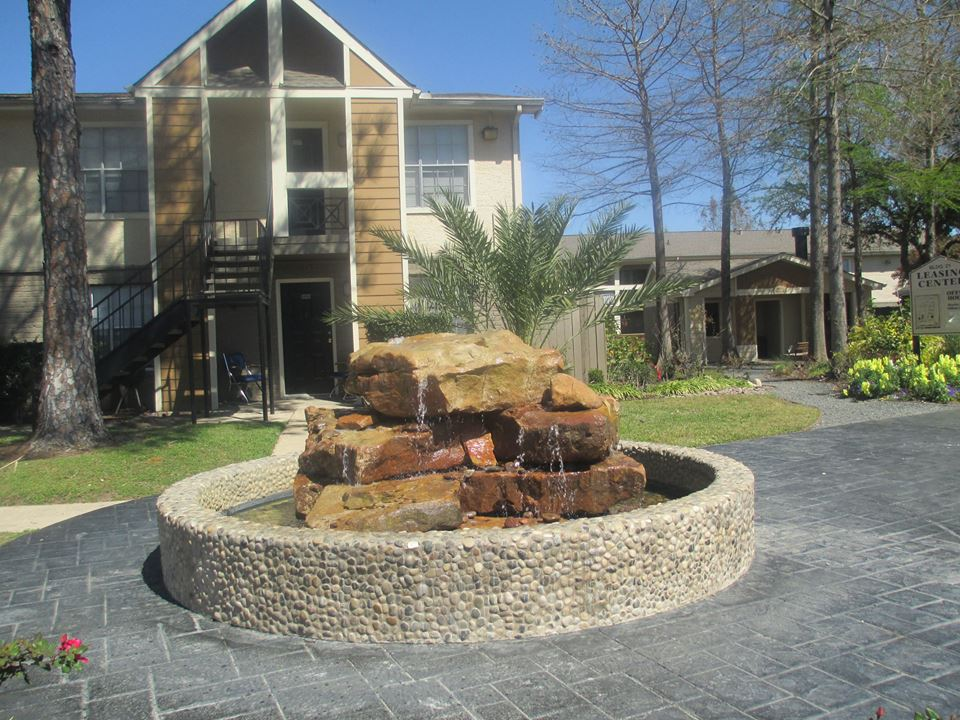 Exterior at Listing #140053