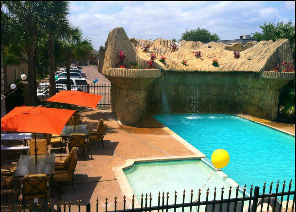Pool at Listing #139161