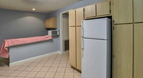 Kitchen at Listing #229323