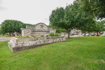 Southpark Village II at Listing #144237