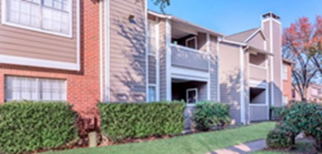 Exterior at Listing #136388