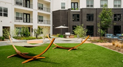 Courtyard at Listing #286957