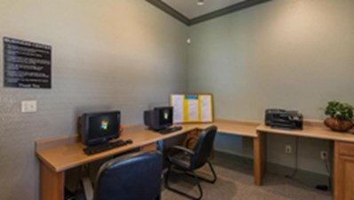 Business Center at Listing #144690