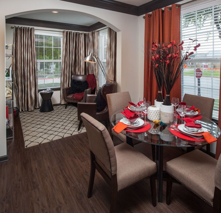 Living/Dining at Listing #138184