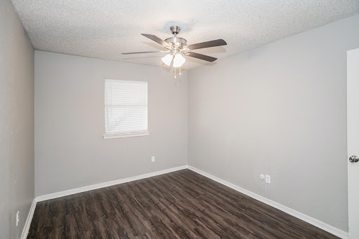 Bedroom at Listing #137207