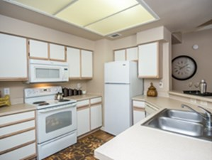 Kitchen at Listing #140160