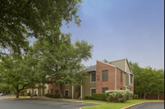 Exterior at Listing #140590