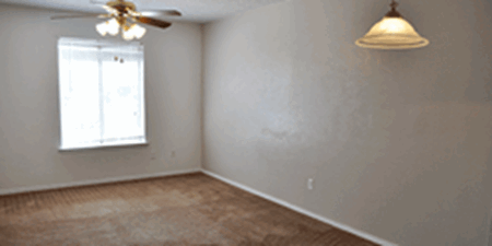 Living at Listing #136622