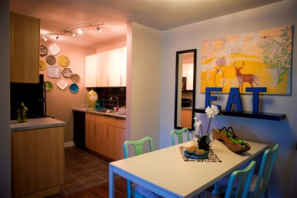 Dining at Listing #140343