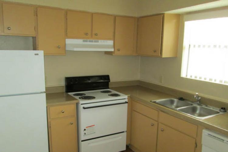 Kitchen at Listing #140892