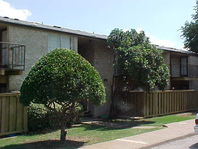 Highland Road Village Apartments Dallas TX