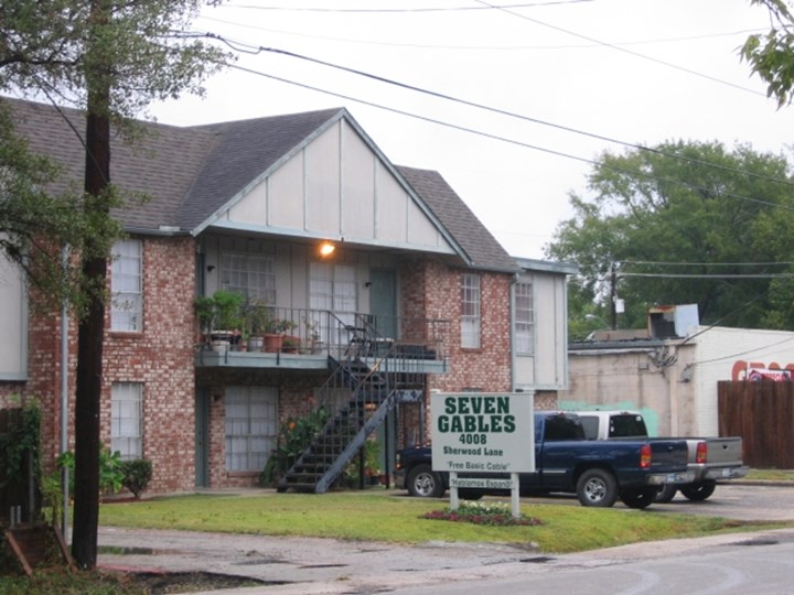 Seven Gables Houston - $620+ for 1 & 2 Bed Apts