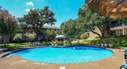 Pool at Listing #136909