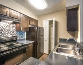 Kitchen at Listing #141185