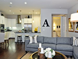 Living at Listing #236577